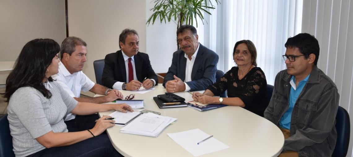 Escola de Contas do TCE e AMUPE estudam termos de acordo de cooperação técnica