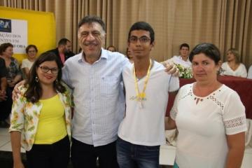 Alunos de Afogados da Ingazeira ganham medalha de ouro em Olimpíada de Matemática