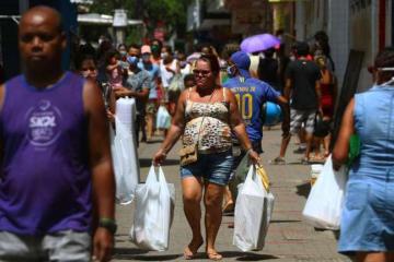 Setores da economia do Recife devem começar a reabrir a partir de junho