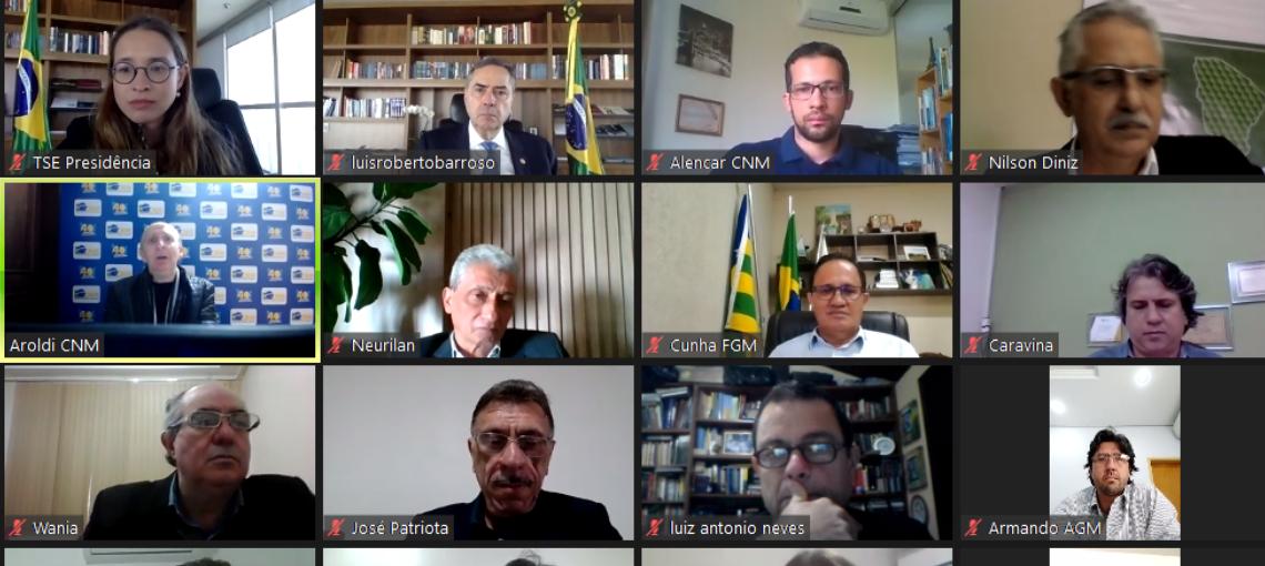 CNM e entidades estaduais apresentam ao presidente do TSE preocupações com eleições
