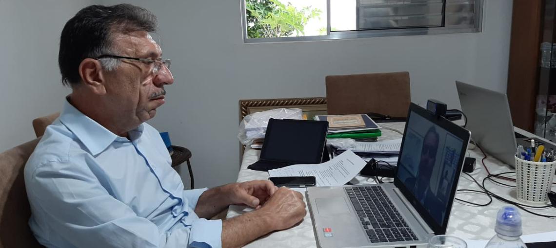 Com prefeitos, Governador Paulo Câmara discute regionalização do plano de convivência com o coronavírus